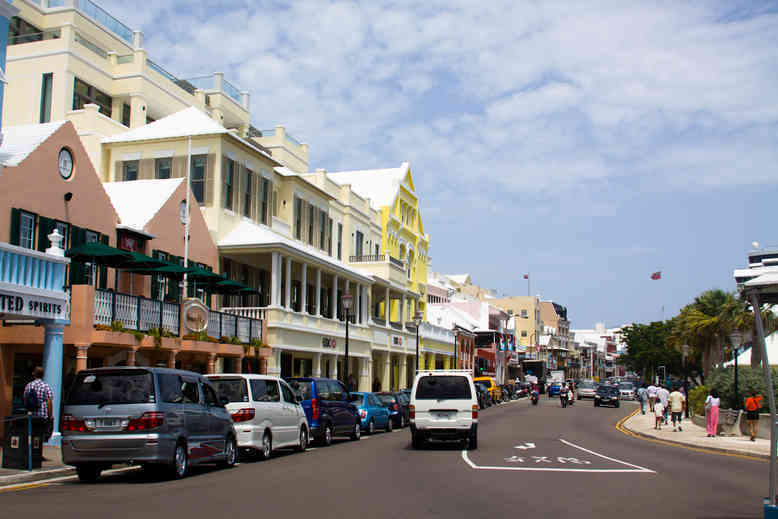 Benefits of Electric Vehicles in Bermuda